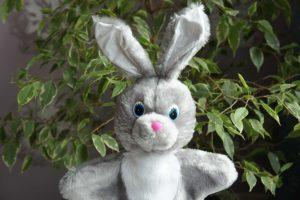 Зайчик-побегайчик игрушка-рукавичка ручная работа | Мир в слове. Блог о том, как привить ребенку любовь к чтению